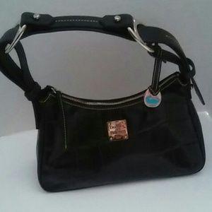Dooney & Bourke Medium Hobo Bag Black